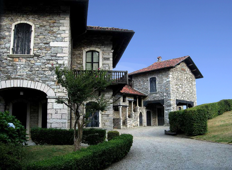 Massino Visconti castello